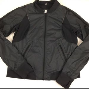 Lululemon reversible windbreaker jacket